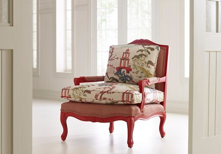Superbe Accent Chairs
